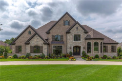 Photo of 13 Roclare Lane, Town and Country, MO 63131-1100 (MLS # 17068031)
