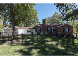 Photo of 14 Woodhaven, Webster Groves, MO 63119-3951 (MLS # 17082905)