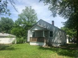 Photo of 139 Eaton Avenue, Wood River, IL 62095-1533 (MLS # 17085621)