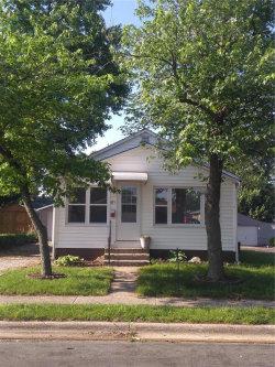 Photo of 321 West Thomas, Roxana, IL 62084 (MLS # 17097116)