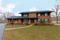 Photo of 120 Del Monte Court, Chesterfield, MO 63017-3203 (MLS # 18000582)