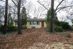 Photo of 1512 Grant Road, Webster Groves, MO 63119-4554 (MLS # 18001837)