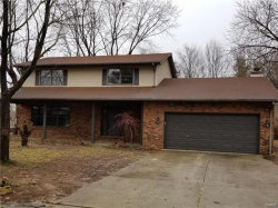 Photo of 9 Rushmore, Glen Carbon, IL 62034 (MLS # 18003002)