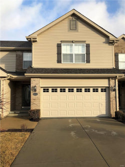 Photo of 6833 Hampshire Court, Maryville, IL 62062-8544 (MLS # 18004223)