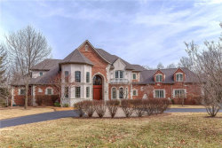 Photo of 8 Twin Springs Lane, Ladue, MO 63124-1139 (MLS # 18008274)