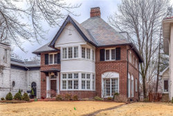 Photo of 91 Arundel Place, Clayton, MO 63105-2277 (MLS # 18009831)
