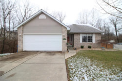 Photo of 208 Baywood Court, Glen Carbon, IL 62034-2984 (MLS # 18016741)