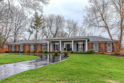 Photo of 46 Salem Estates, Ladue, MO 63124-1321 (MLS # 18019964)