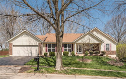 Photo of 14817 Grantley Drive, Chesterfield, MO 63017-5566 (MLS # 18029318)