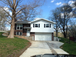 Photo of 418 Circle Drive, Edwardsville, IL 62025-2410 (MLS # 18029576)