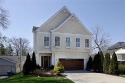 Photo of 17 Dwyer Place, Ladue, MO 63124 (MLS # 18029660)