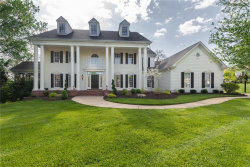 Photo of 905 Kingscove Court, Town and Country, MO 63017-8352 (MLS # 18035407)