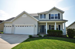 Photo of 205 Greengate, Lake St Louis, MO 63367-4377 (MLS # 18039487)