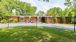 Photo of 150 Executive Estates Drive, Creve Coeur, MO 63141-7604 (MLS # 18045639)