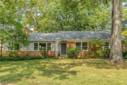 Photo of 811 Mary Meadows Lane, Creve Coeur, MO 63141-7601 (MLS # 18049965)