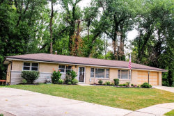 Photo of 813 Deandell Court, St Louis, MO 63135-1700 (MLS # 18050875)