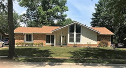 Photo of 15251 Country Ridge Drive, Chesterfield, MO 63017-7432 (MLS # 18056747)