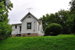 Photo of 937 South Clinton Street, Collinsville, IL 62234 (MLS # 18057108)