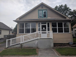 Photo of 166 East Penning Avenue, Wood River, IL 62095-2029 (MLS # 18059344)