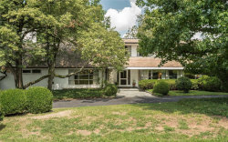 Photo of 2102 South Warson Road, Ladue, MO 63124-1154 (MLS # 18062382)