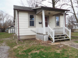 Photo of 304 West Monroe Street, Highland, IL 62249 (MLS # 18064359)