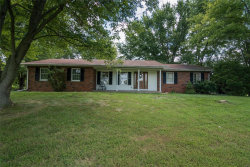 Photo of 7384 Green Hedge Road, Edwardsville, IL 62025 (MLS # 18066638)