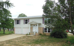 Photo of 1 Spring Meadow Court, St Peters, MO 63376-4917 (MLS # 18067334)