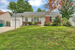 Photo of 112 Turf Court, Webster Groves, MO 63119-4622 (MLS # 18069574)