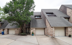 Photo of 917 Maison Ladue Drive, Creve Coeur, MO 63141-6265 (MLS # 18071799)