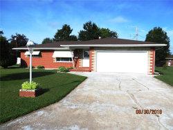 Photo of 944 Cedar Drive, Wood River, IL 62095-1346 (MLS # 18073799)