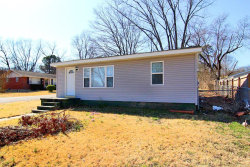Photo of 1735 Oakley, Cape Girardeau, MO 63701 (MLS # 18088359)