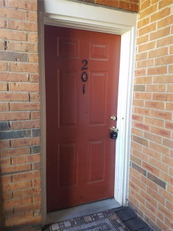 Photo of 1926 Greenpoint , Unit 201, St Louis, MO 63122-5250 (MLS # 18090109)
