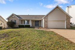 Photo of 321 Quiet Country, St Peters, MO 63376-3867 (MLS # 18093317)