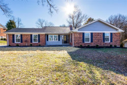 Photo of 46 Brook Mill Lane, Chesterfield, MO 63017 (MLS # 18094893)