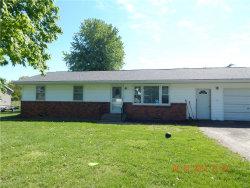 Photo of 1004 Carr Lane, Vandalia, MO 63382 (MLS # 18094976)