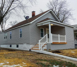 Photo of 216 South Central Avenue, Roxana, IL 62084-1304 (MLS # 19003366)