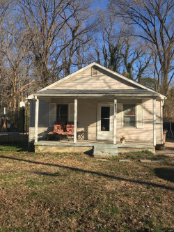 Photo of 1300 North West End Boulevard, Cape Girardeau, MO 63701-3951 (MLS # 19005377)