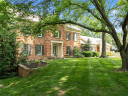 Photo of 915 Arlington Oaks Terr, Town and Country, MO 63017-5903 (MLS # 19005643)