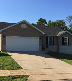 Photo of 1611 Saint Charles Drive, Hillsboro, MO 63050-4943 (MLS # 19007409)