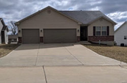 Photo of 112 Williamsburg, Troy, MO 63379-2963 (MLS # 19016742)