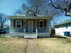 Photo of 550 Leslie Avenue, Wood River, IL 62095-1716 (MLS # 19019130)