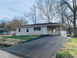 Photo of 36 Pleasant Valley, Arnold, MO 63010-2816 (MLS # 19021357)