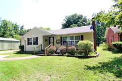 Photo of 1524 Perryville, Cape Girardeau, MO 63701-2950 (MLS # 19022938)
