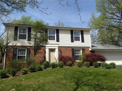 Photo of 45 White Plains, Chesterfield, MO 63017-2078 (MLS # 19028389)