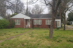 Photo of 300 West Clipper Street, Kennett, MO 63857 (MLS # 19039088)