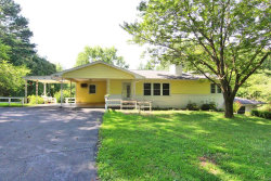 Photo of 348 Country Club Drive, Cape Girardeau, MO 63701-3229 (MLS # 19050429)