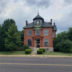 Photo of 2305 Saint Louis Avenue, St Louis, MO 63106-2322 (MLS # 19062358)