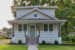 Photo of 1231 Lindenwood Avenue, Edwardsville, IL 62025 (MLS # 19066868)