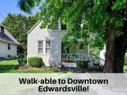 Photo of 115 East Dunn Street, Edwardsville, IL 62025-1101 (MLS # 19070113)
