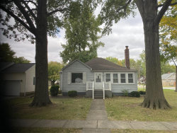 Photo of 1511 Livingston Street, Carlyle, IL 62231-1341 (MLS # 19076865)